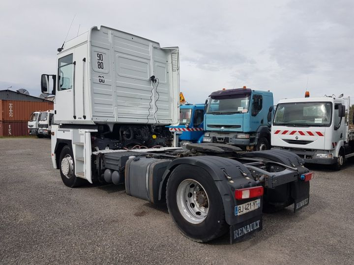 Camion tracteur Renault Magnum 440dxi OPTIDRIVER BLANC - 4