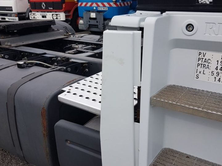 Camion tracteur Renault Magnum 440dxi OPTIDRIVER BLANC - 9