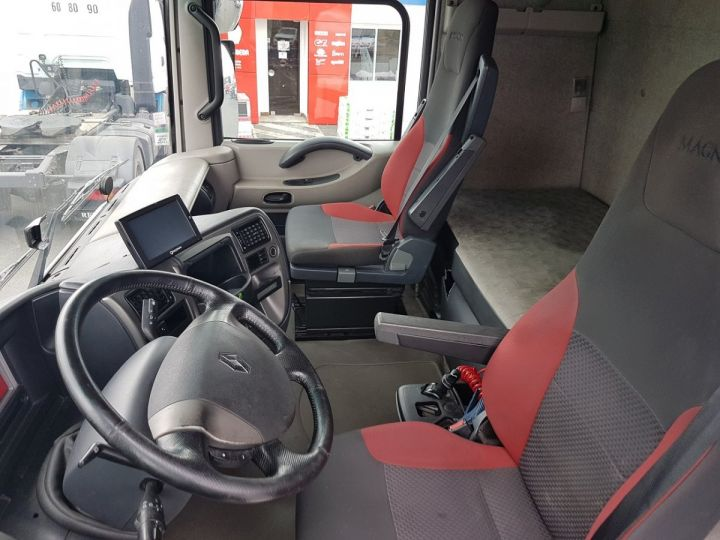 Camion tracteur Renault Magnum 520dxi PRIVILEGE BLEU Occasion - 11
