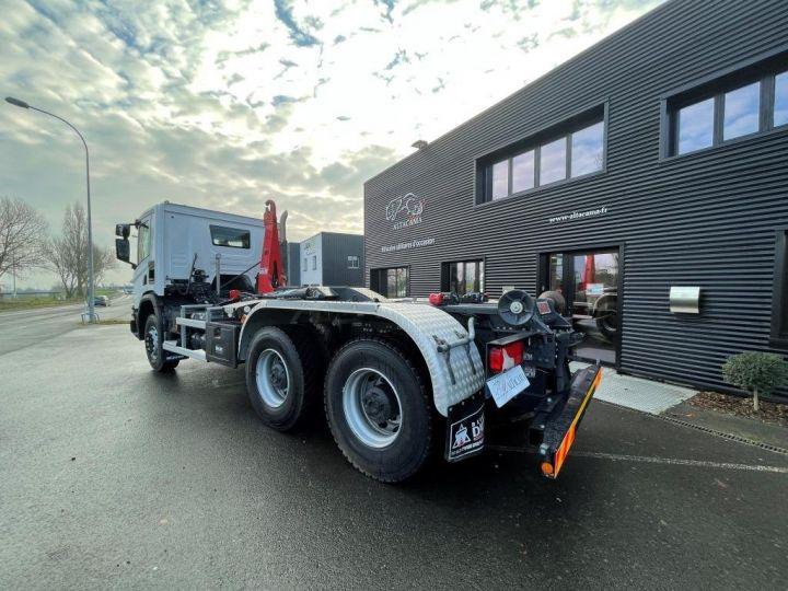 Camion tracteur Scania P 410 6x4 POLYBENNE BRAS AMPLIROLL BOITE AUTOMATIQUE BLANC - 2