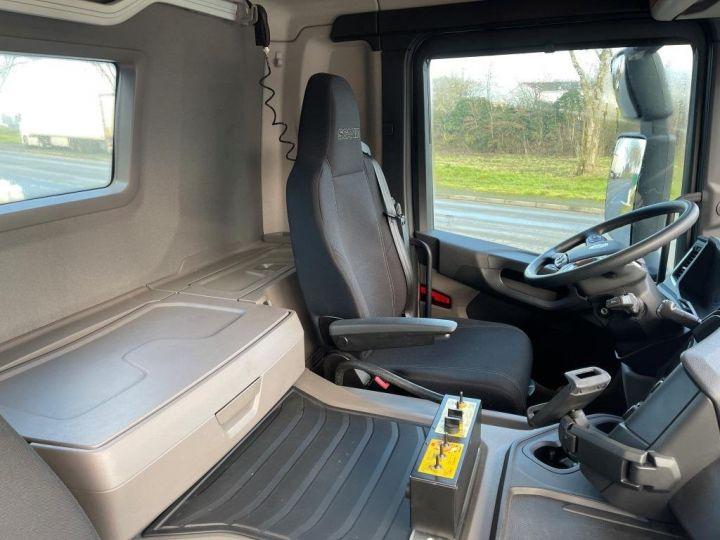 Camion tracteur Scania P 410 6x4 POLYBENNE BRAS AMPLIROLL BOITE AUTOMATIQUE BLANC - 10
