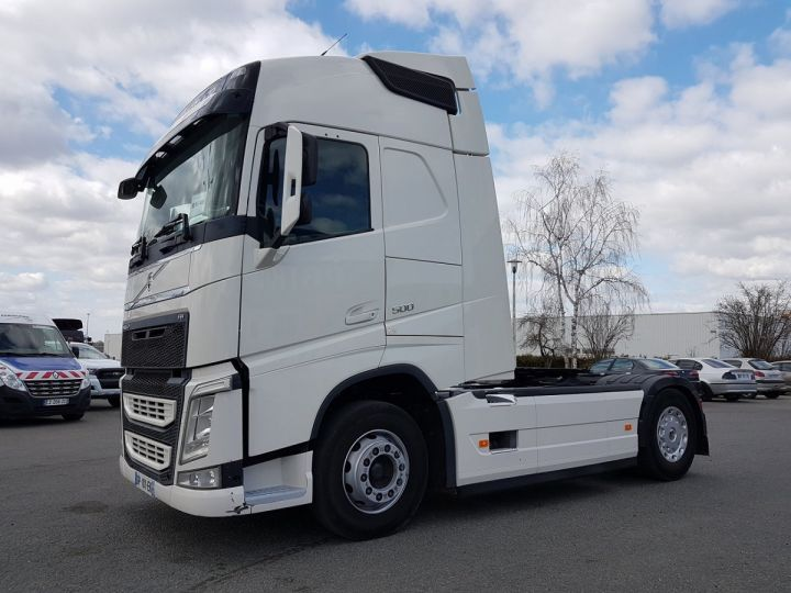 Camion tracteur Volvo FH 500 GLOBETROTTER BLANC Occasion - 1