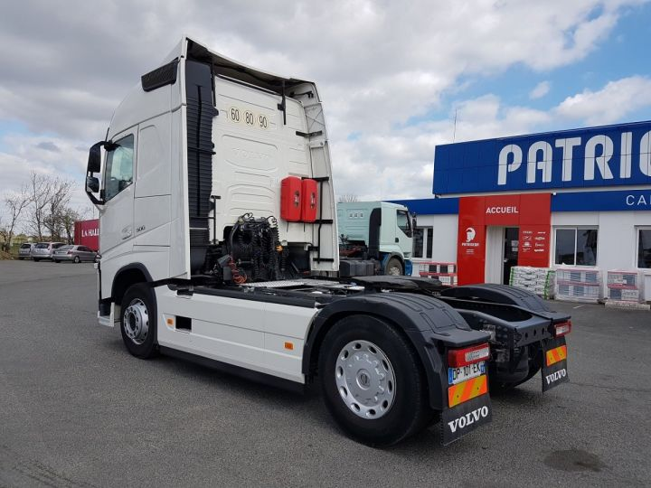 Camion tracteur Volvo FH 500 GLOBETROTTER BLANC Occasion - 4