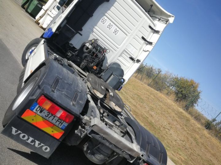 Camion tracteur Volvo FM FM 500 4X4   X TRACK  Hydraulique BLANC - 4
