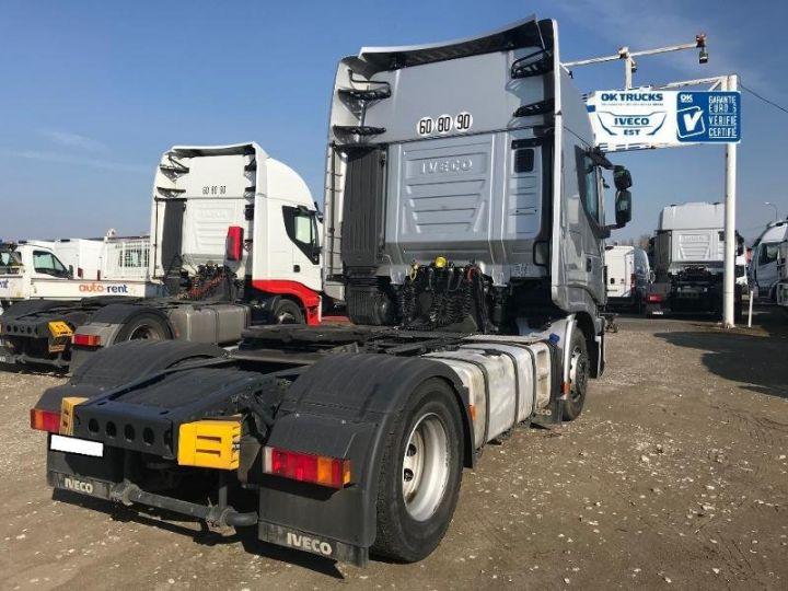 Camión tractor Iveco Stralis Hi-Way AS440S46 TP E6 - offre de location 998 Euro HT x 36 mois* Gris Clair Métal - 3