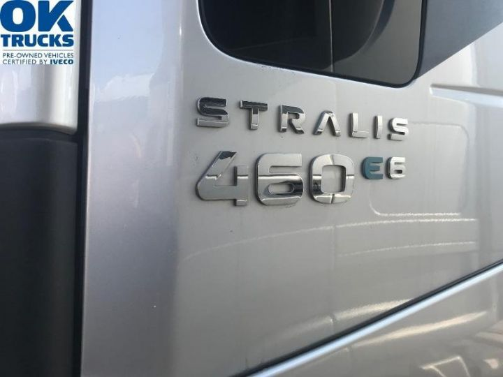 Camión tractor Iveco Stralis Hi-Way AS440S46 TP E6 - offre de location 998 Euro HT x 36 mois* Gris Clair Métal - 6