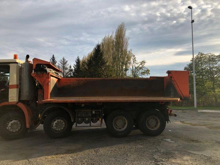 Camión tractor Mercedes Actros 3241 8x4 BI BENNE HYDRAULIQUE ROUGE - 4