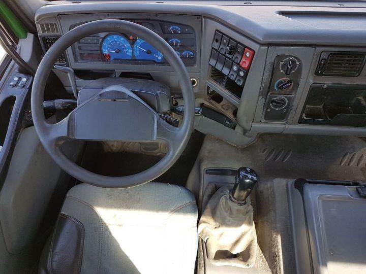 Camión tractor Renault Premium 370dci.19D AS-TRONIC VERT - 16