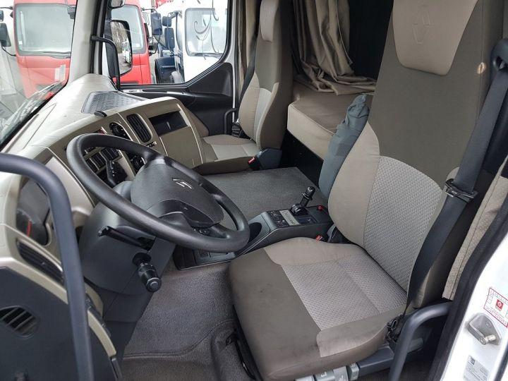 Camión tractor Renault Premium 460dxi EEV - RTMD/ADR BLANC - 8
