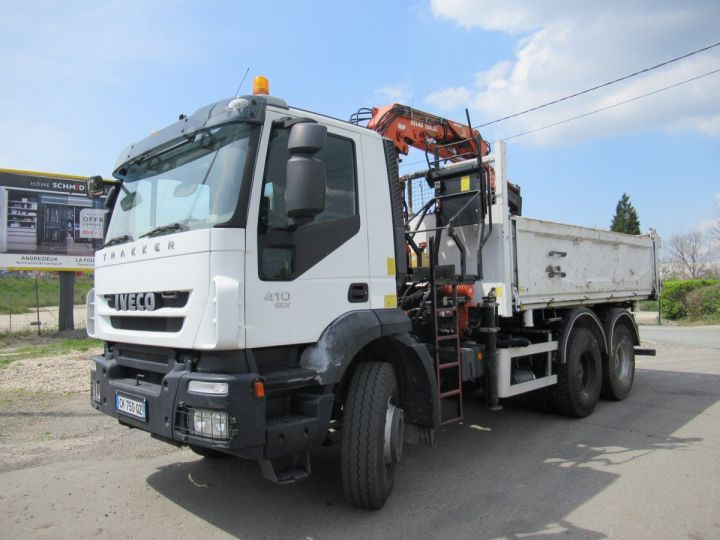 Camión Iveco EuroTrakker Volquete bilaterales y trilaterales 260t41  - 2