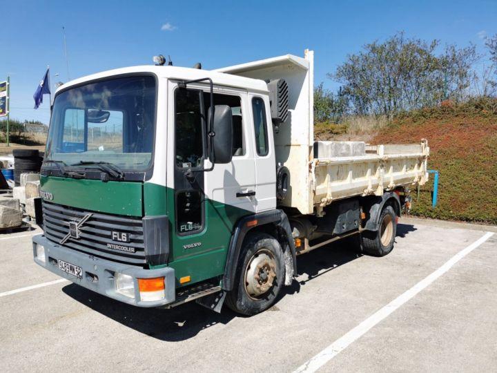 Camión Volvo FL Volquete bilaterales y trilaterales FL610  - 2