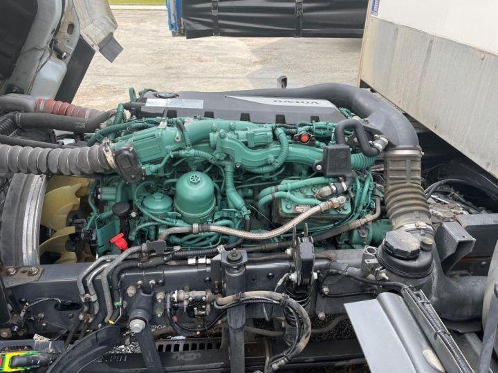 Camión Volvo FL 280 FOURGON HAYON ELEVATEUR BLANC - 19