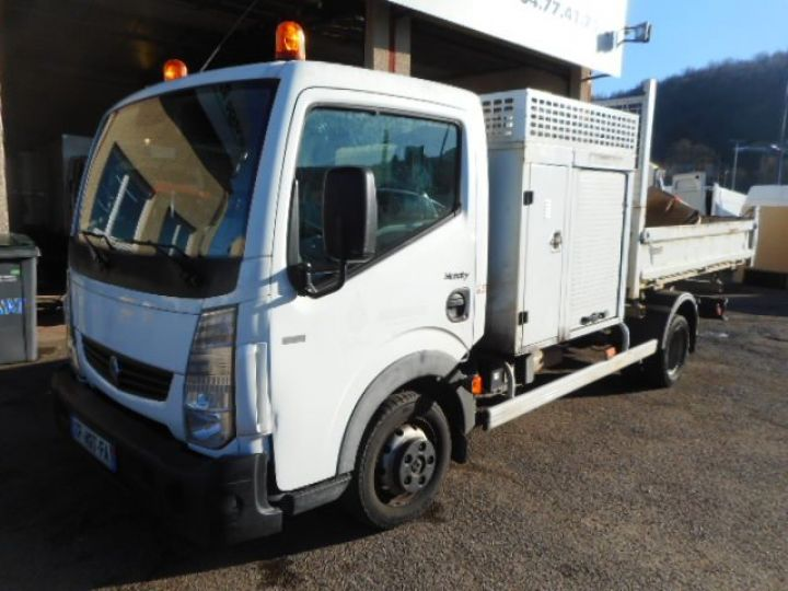 Chassis + body Renault Maxity 2/3 way tipper body 35.13 TRIBENNE + COFFRE  - 1
