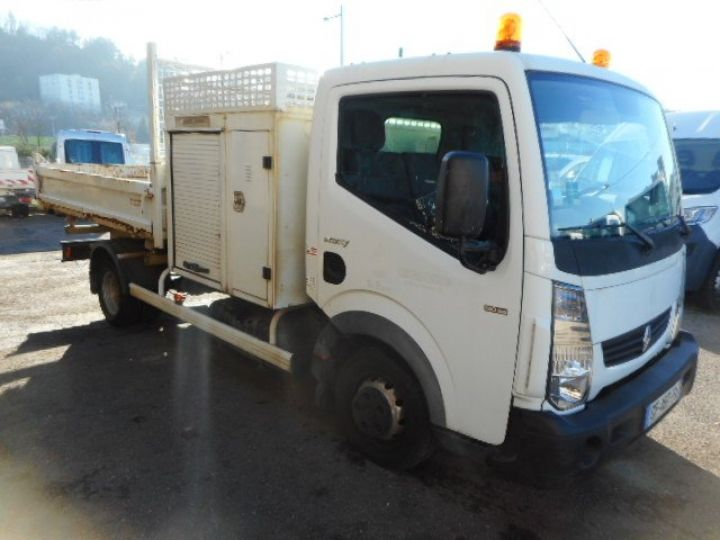Chassis + body Renault Maxity 2/3 way tipper body 35.13 TRIBENNE + COFFRE  - 2