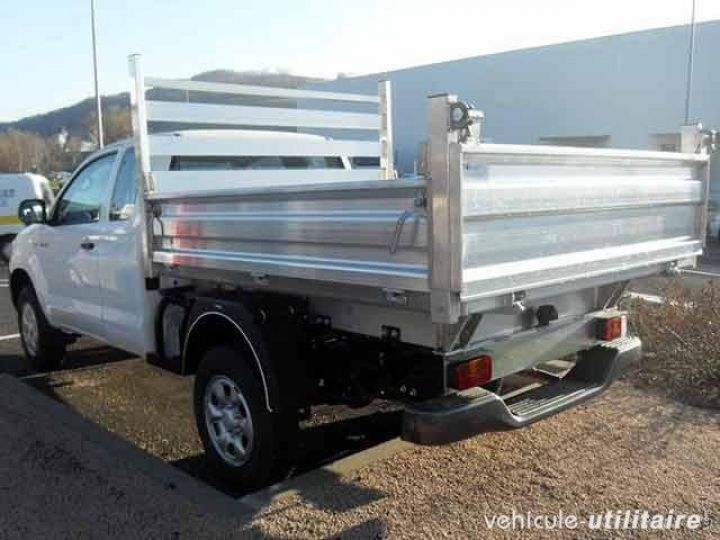 Chassis + body Toyota Hilux Back Dump/Tipper body 2.5 D-4D 144 Xtra Cab  - 3