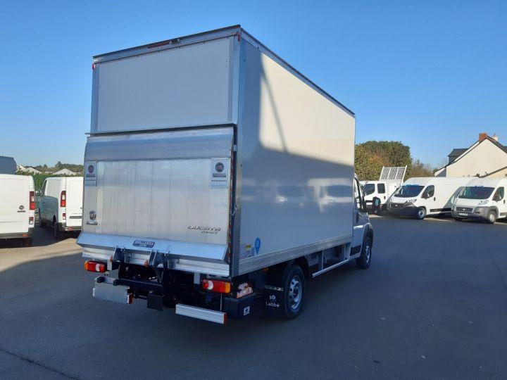 Chassis + body Fiat Ducato Box body + Lifting Tailboard 3.5 Maxi L 2.3 Multijet 160CH PRO LOUNGE BLANC - 3