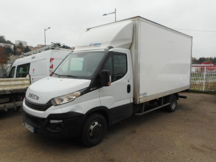 Chassis + body Iveco CF75 Box body + Lifting Tailboard 35C16 CAISSE + HAYON  - 1