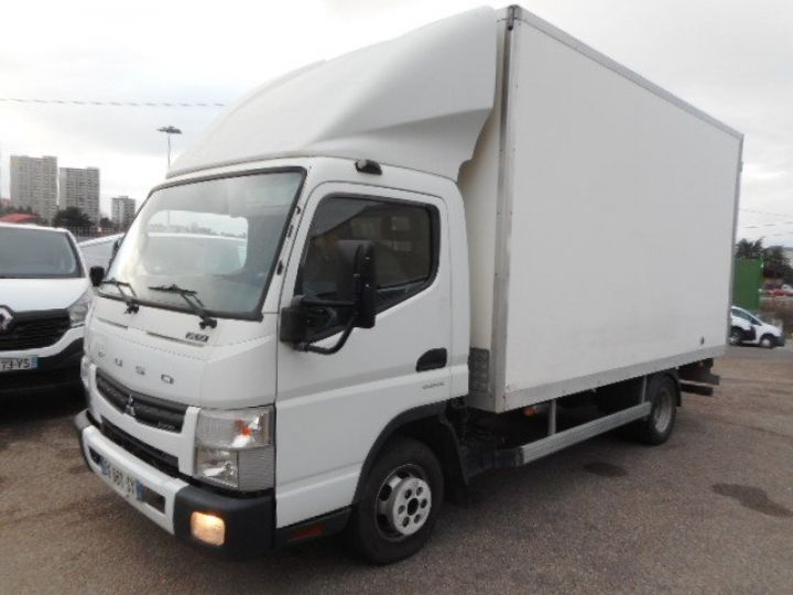 Chassis + body Mitsubishi Canter Box body + Lifting Tailboard 3C13  - 1