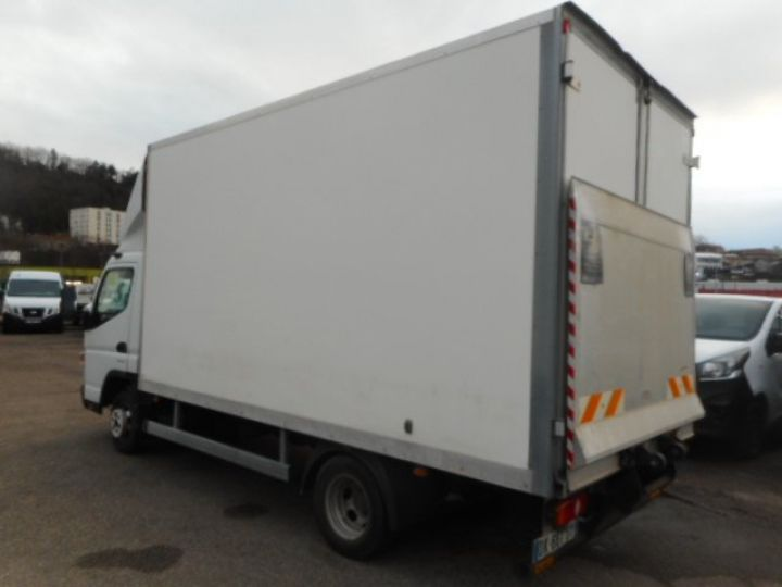 Chassis + body Mitsubishi Canter Box body + Lifting Tailboard 3C13  - 3
