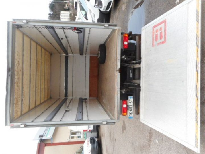 Chassis + body Mitsubishi Canter Box body + Lifting Tailboard 3C13  - 4