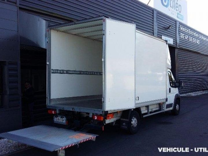 Chassis + body Peugeot Boxer Box body + Lifting Tailboard 435 L4 2.2 HDI 130 CONFORT SR  - 3