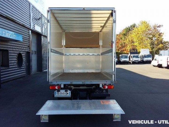 Chassis + body Peugeot Boxer Box body + Lifting Tailboard 435 L4 2.2 HDI 130 CONFORT SR  - 4