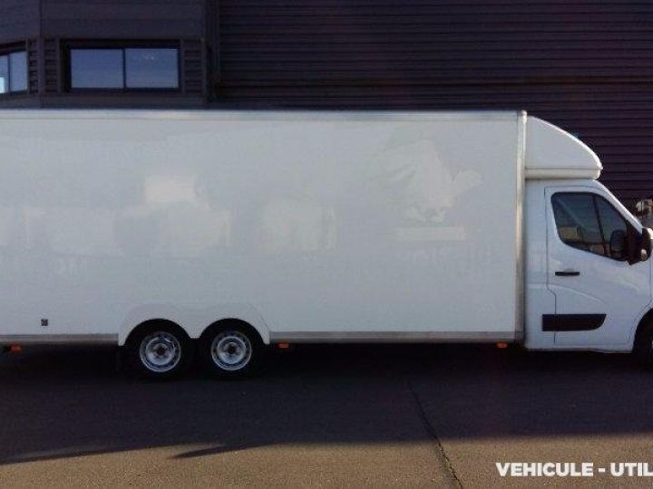Chassis + body Renault Master Box body F3500 L2 DCI 125 CONFORT  - 2