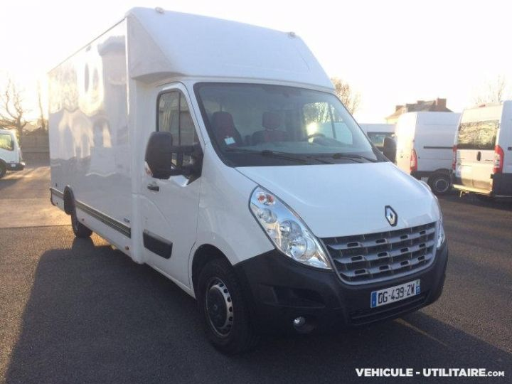 Chassis + body Renault Master Box body l3  - 4