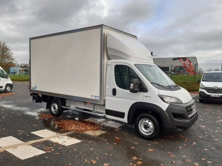 Chassis + body Fiat Ducato Chassis cab 2.3 MTJ 160CV CCB HAYON Neuf et DISPO BLANC - 2
