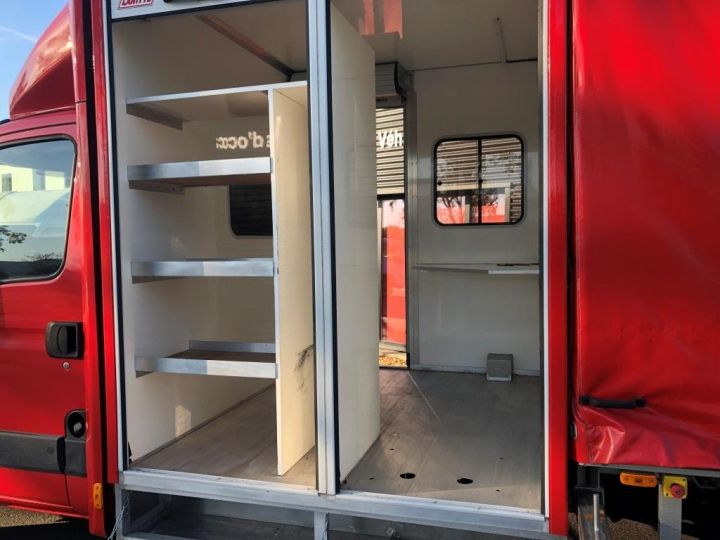 Chassis + body Iveco Daily Curtain side body BUREAU EXPO EVENEMENTIEL ROUGE - 2