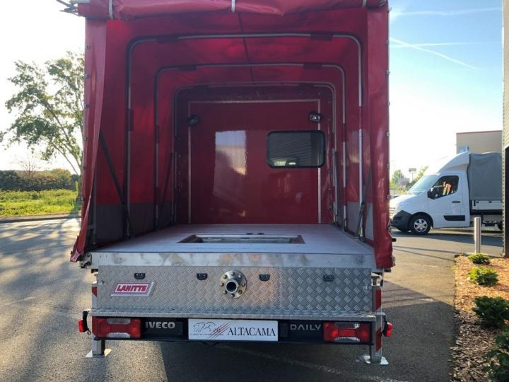 Chassis + body Iveco Daily Curtain side body BUREAU EXPO EVENEMENTIEL ROUGE - 5