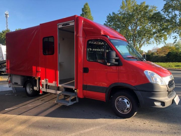 Chassis + body Iveco Daily Curtain side body BUREAU EXPO EVENEMENTIEL ROUGE - 8