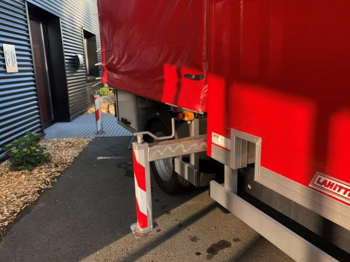 Chassis + body Iveco Daily Curtain side body BUREAU EXPO EVENEMENTIEL ROUGE - 9