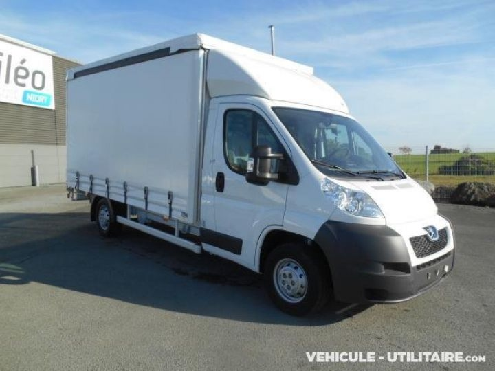 Chassis + body Peugeot Boxer Curtain side body 335 L3 HDi  - 2