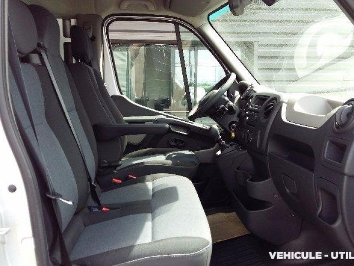 Chassis + body Renault Master Curtain side body TRACF3500 L3 ENERGY DCI135  - 5