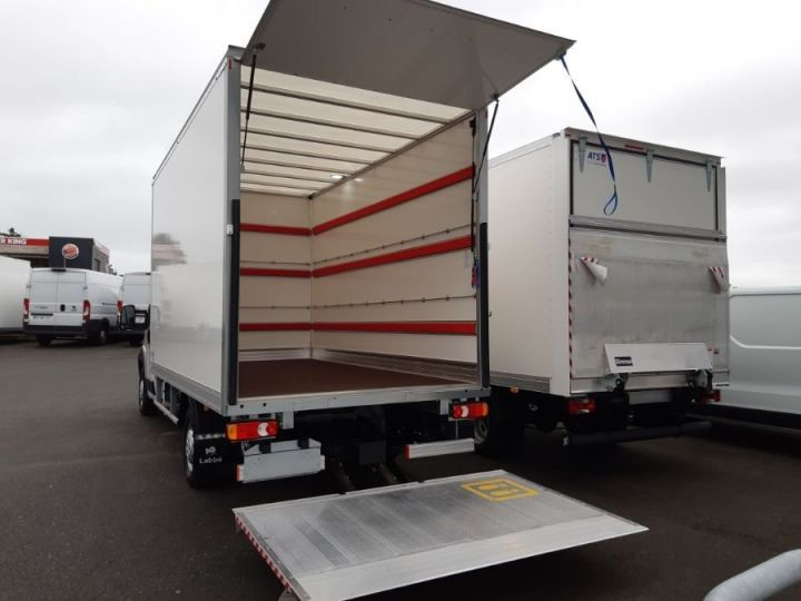 Chassis + body Fiat Ducato PRO LOUNGE BLANC - 3