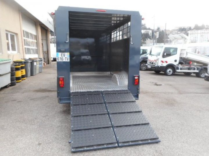 Chassis + body Renault Master Livestock body BETAILLERE DCI 130  - 6