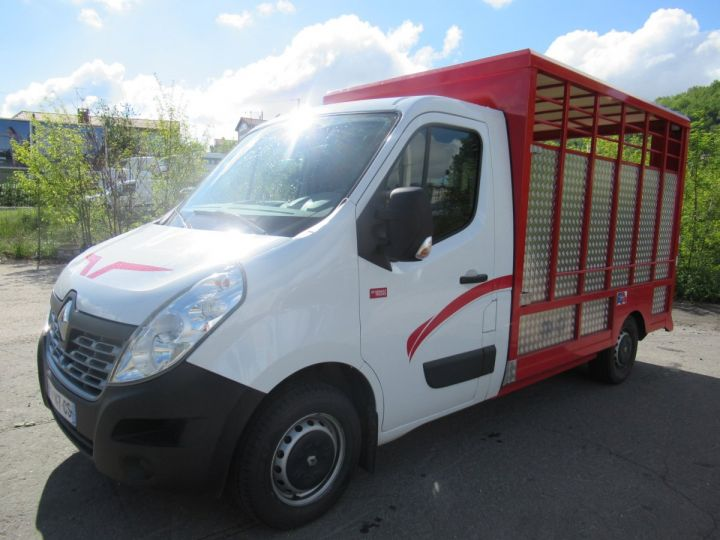 Chassis + body Renault Master Livestock body DCI 130 BETAILLERE  - 2