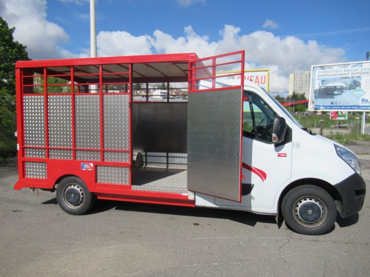 Chassis + body Renault Master Livestock body DCI 130 BETAILLERE  - 7