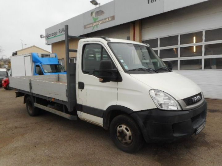 Chassis + body Iveco CF75 Platform body 35C15 PLATEAU 4.30M  - 1