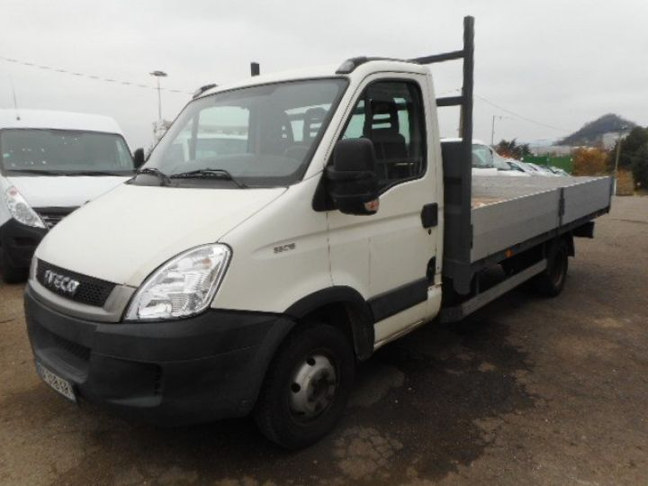 Chassis + body Iveco CF75 Platform body 35C15 PLATEAU 4.30M  - 2
