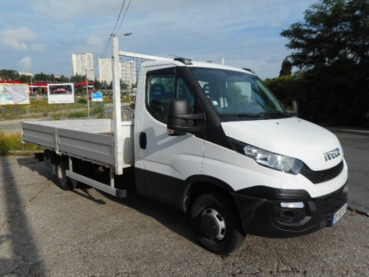 Chassis + body Iveco Daily Platform body 35C15 PLATEAU  - 1