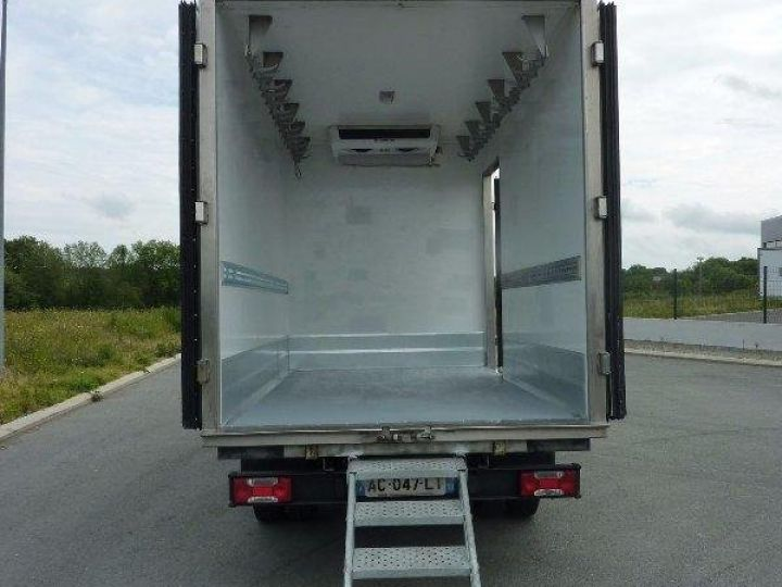 Chassis + body Iveco Daily Refrigerated body 35C12  - 1