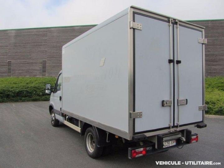 Chassis + body Iveco Daily Refrigerated body 35C13  - 2