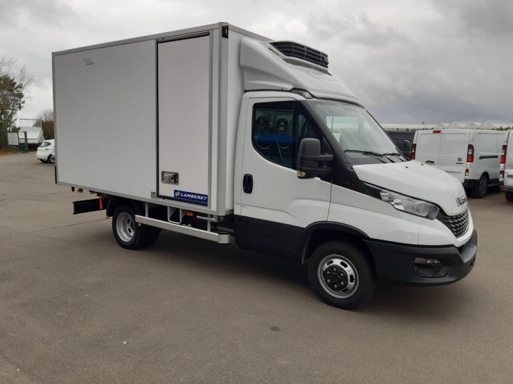 Chassis + body Iveco Daily Refrigerated body 35C16H CAISSE FRIGORIFIQUE EMPATTEMENT 3450 TOR BLANC - 2