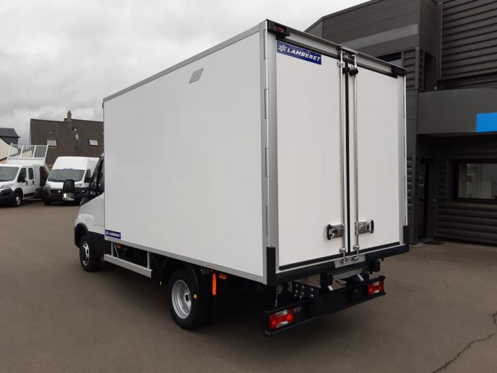 Chassis + body Iveco Daily Refrigerated body 35C16H CAISSE FRIGORIFIQUE EMPATTEMENT 3450 TOR BLANC - 4