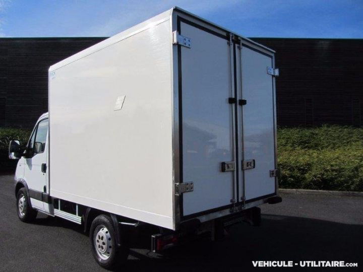 Chassis + body Iveco Daily Refrigerated body 35S12  - 2