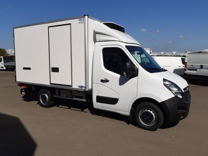 Chassis + body Opel Movano Refrigerated body 3500 L2 2.3 CDTI 145CH BITURBO START &STOP BLANC - 2