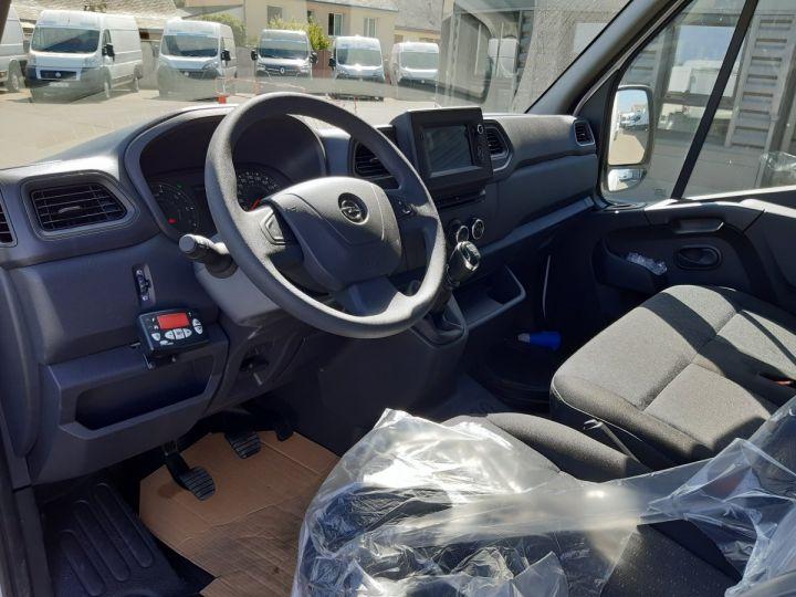 Chassis + body Opel Movano Refrigerated body 3500 L2 2.3 CDTI 145CH BITURBO START &STOP BLANC - 9