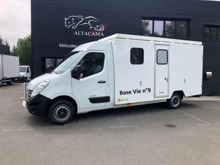 Chassis + body Renault Master 150 FOURGON CHANTIER BASE VIE BLANC - 1